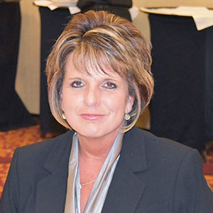 Who Is Blossman - Meet Dee Lathem Manager