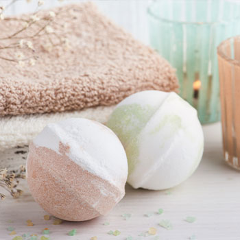DIY Homemade Bath Bomb