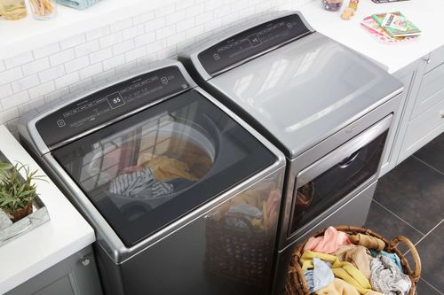 Propane clothes dryers provide homeowners a powerful, convenient, and timely laundry solution. Compared with electric dryers, a propane clothes dryer will dry your laundry quicker and more efficiently. Propane dryers also offer the latest technological advancements such as steam cycles to de-wrinkle and freshen garments, drum lights for a clear look into your cycle, and LCD control screens that are user friendly. With propane, your day won't be sacrificed due to laundry.